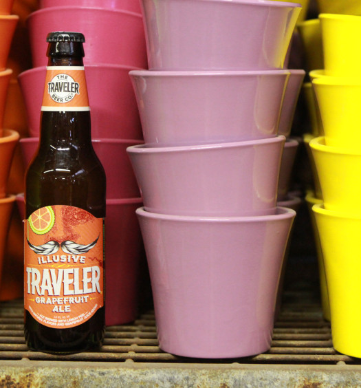 Illusive Traveler summer grapefruit shandy is an American blonde ale.