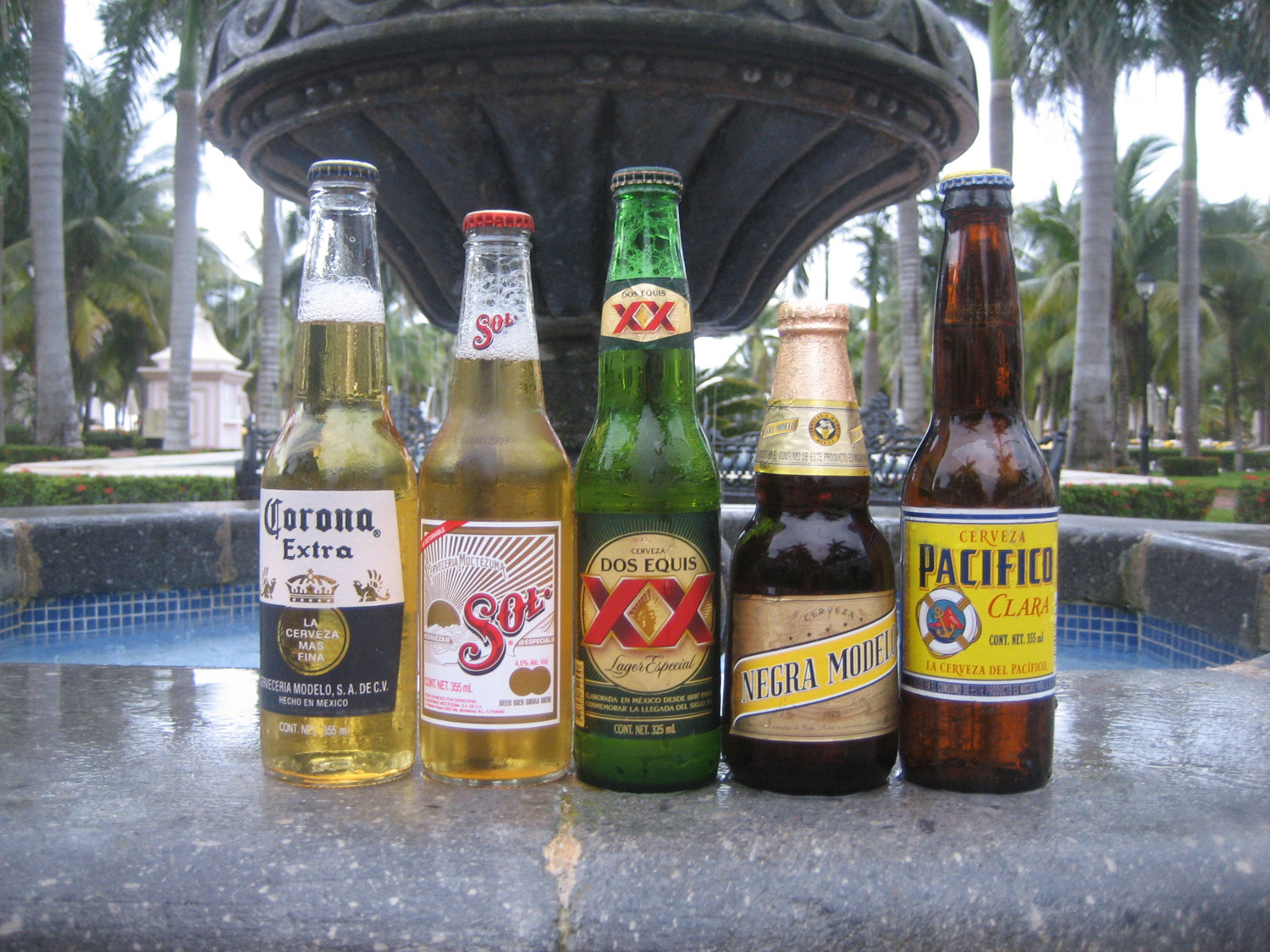 Complete Mexican Cinco de Mayo beer list.