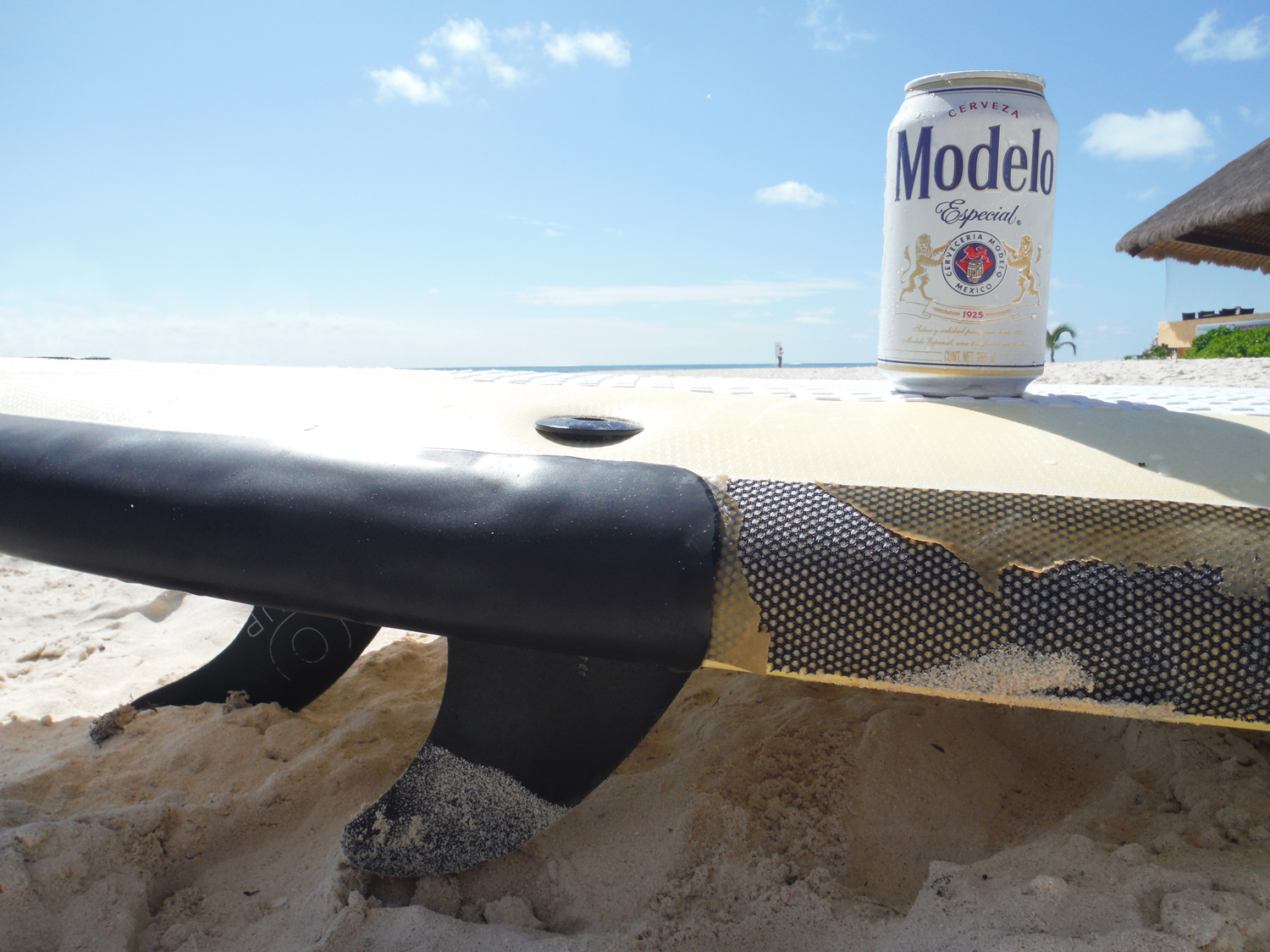 Summer Cerveza of good quality from Modelo Expecial.