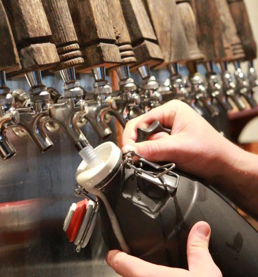 Fill summer beer into a ceramic Portland Growler.