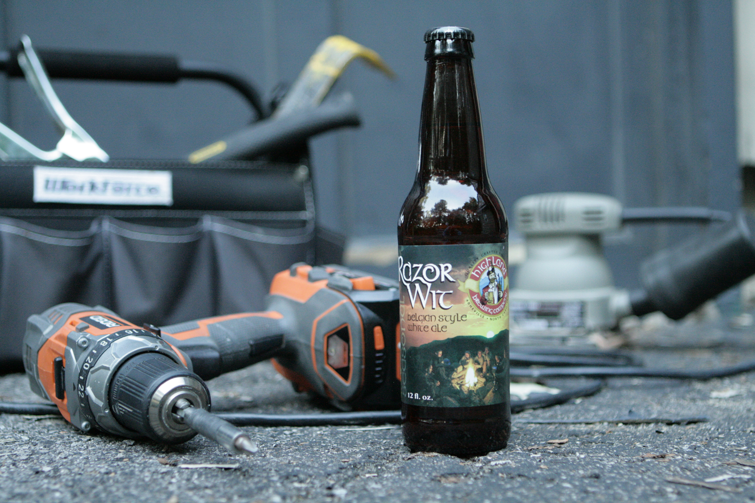 Razor Wit summer seasonal witbier is refreshing for the hot season.