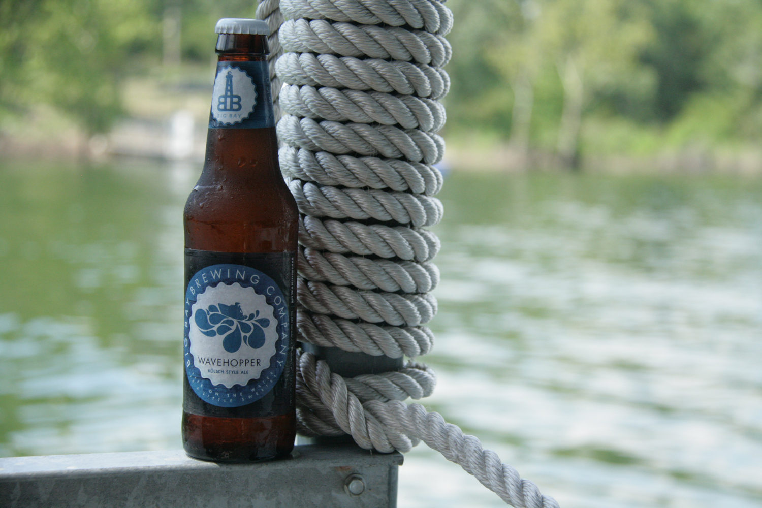 Enjoy Big Bay's Wavehopper summer boat beer.